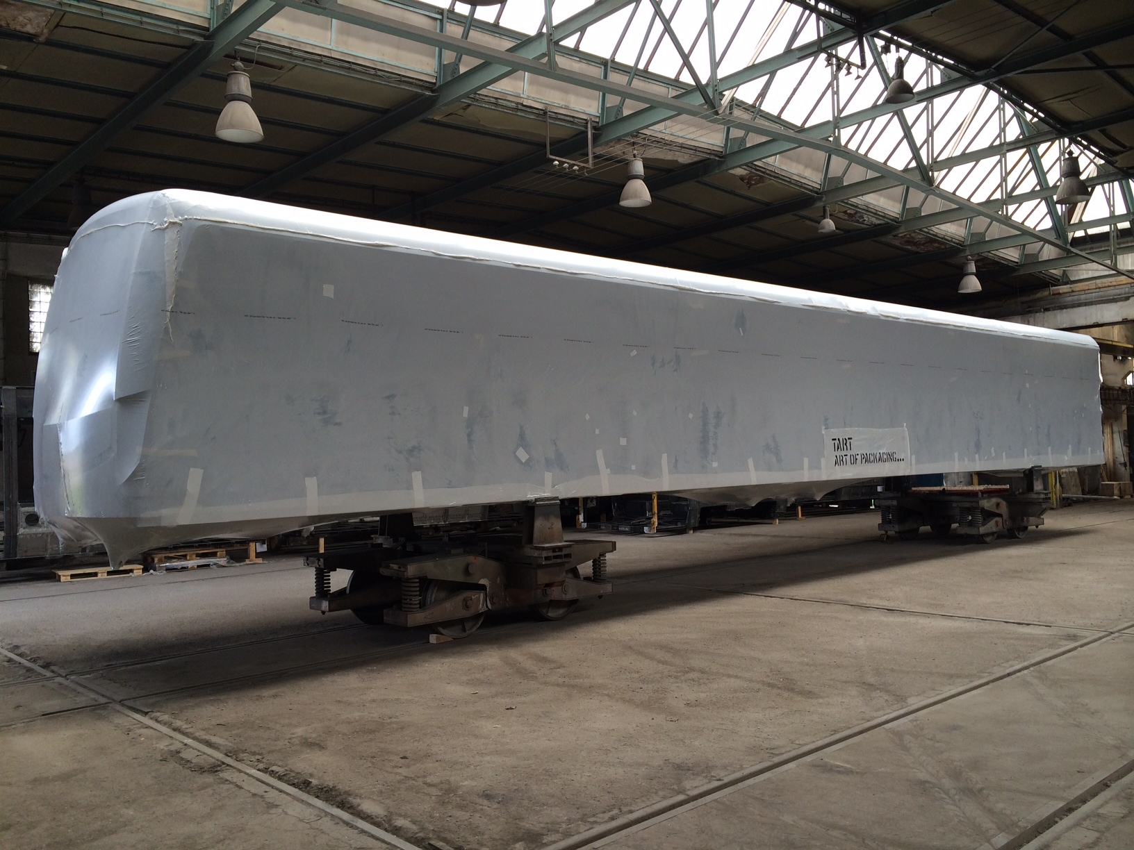 Zabalený vagon metra do fólie MilCorr